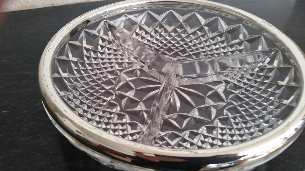 Glas schaal 3 vakjes zilverkleurige  rand