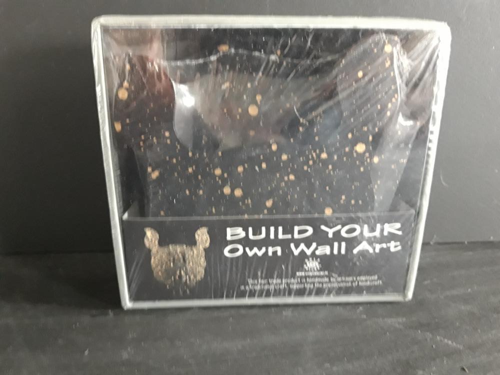 Wand puzzel neushoorn