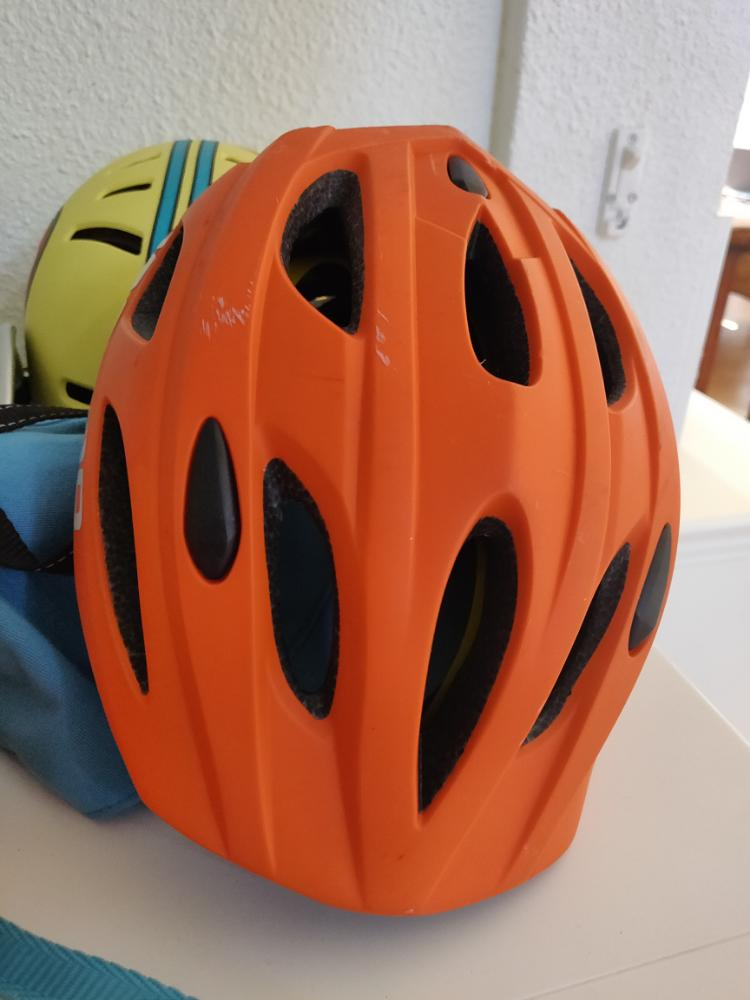 Fietshelm (Bicycle helmet)