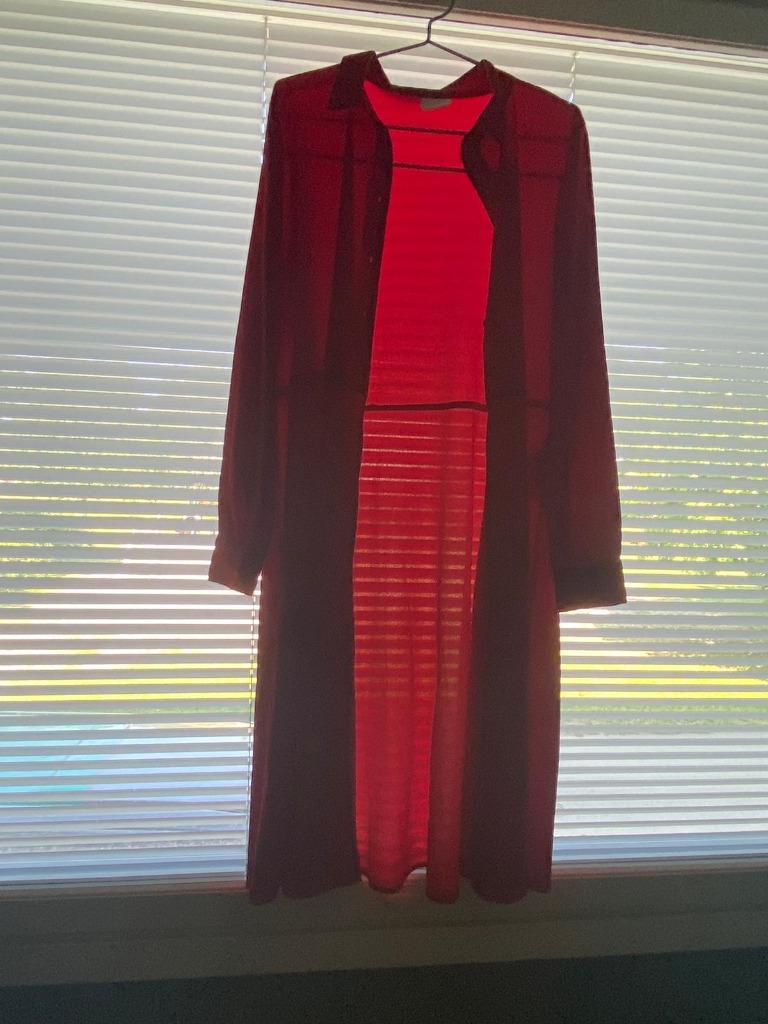 Vilan punainen pitkä paita, koko 42