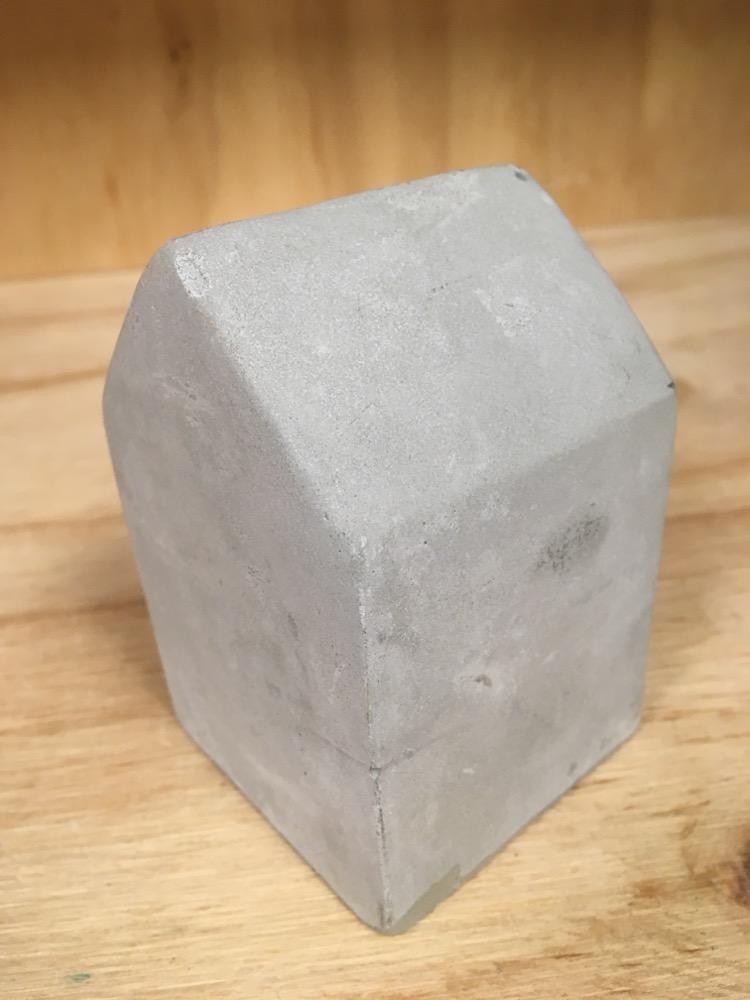 Huisje beton